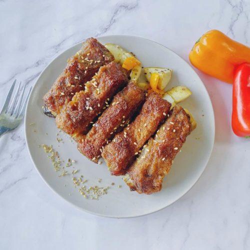 烤至醬汁收乾,筷子可以輕鬆插入豬肋排即可出爐